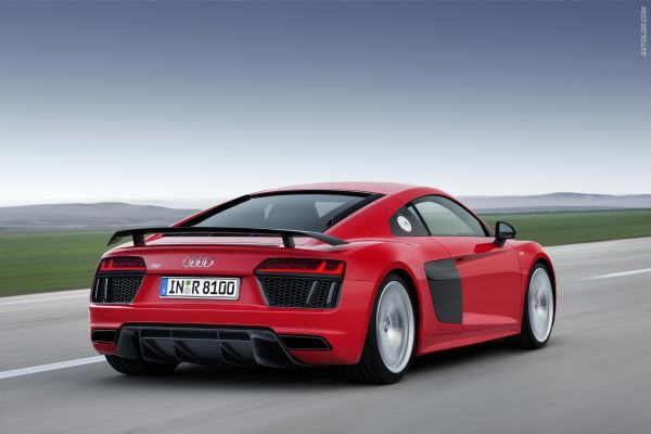 2015 - Audi R8 V10 Plus Rear View