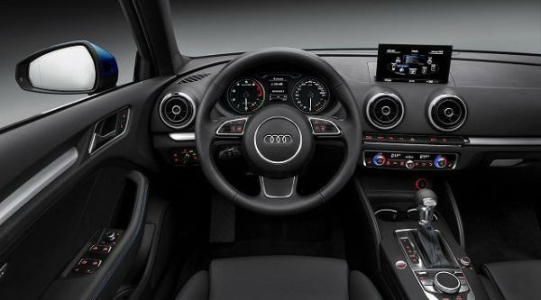 2015 - Audi SQ5 Inteior