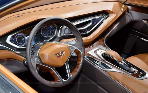 2015 Cadillac Elmiraj Interior