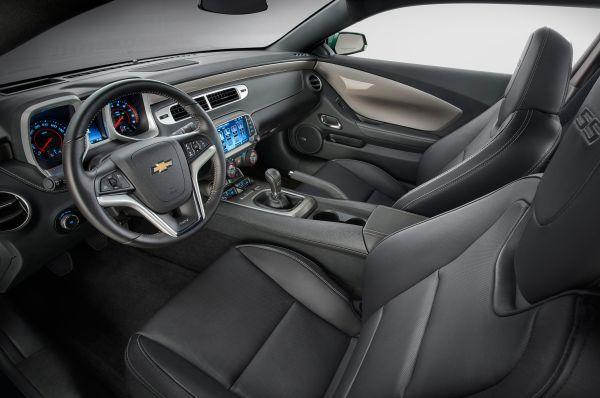 2015 - Chevrolet Camaro SS Interior