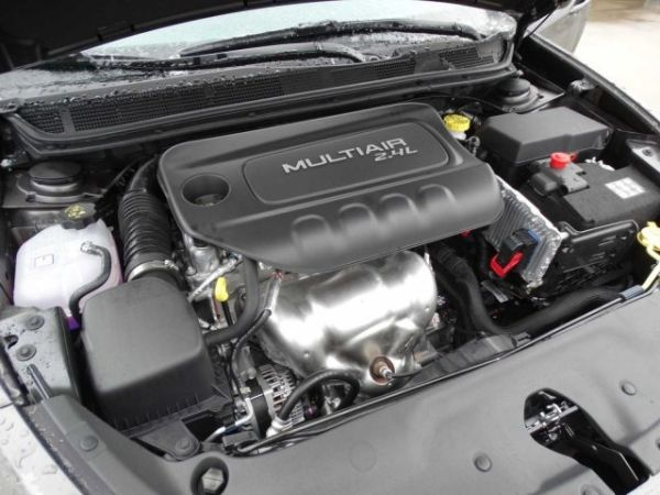 Dodge Dart 4dr Sdn SXT Engine - 2015