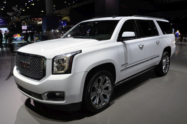 yukon gmc denali xl exterior interior slt toyota 4runner la vs suv walkaround tundra automotiveblogz super bowl dream cars ridding