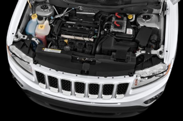 Jeep Compass Altitude 2015 Engine