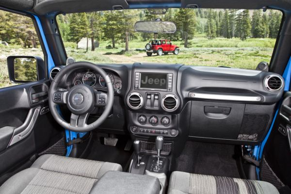 2015 Jeep Wrangler Interior