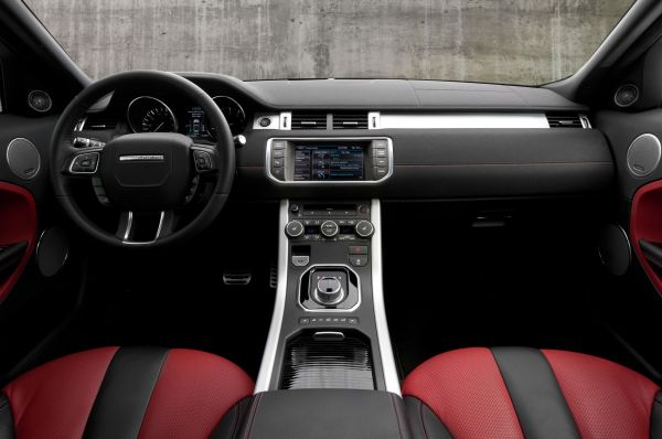 2015 - Land Rover Evoque Interior
