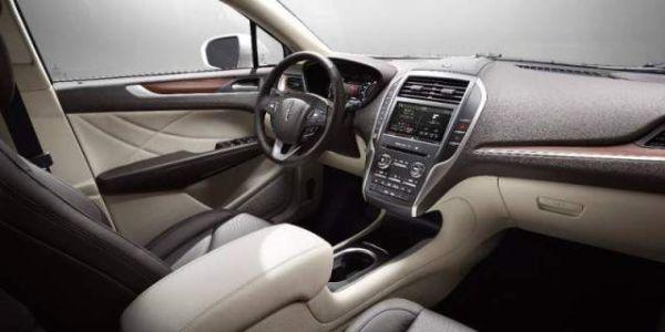2015 - Lincoln MKX Interior