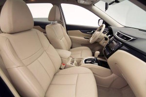 Nissan Rogue 2015  Interior