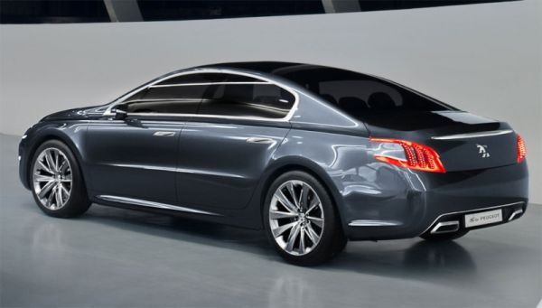 Peugeot 508 2015  Side View