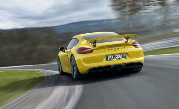 2015 Porsche Cayman GT4 Rear View