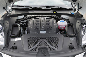 2015 Porsche Macan Engine