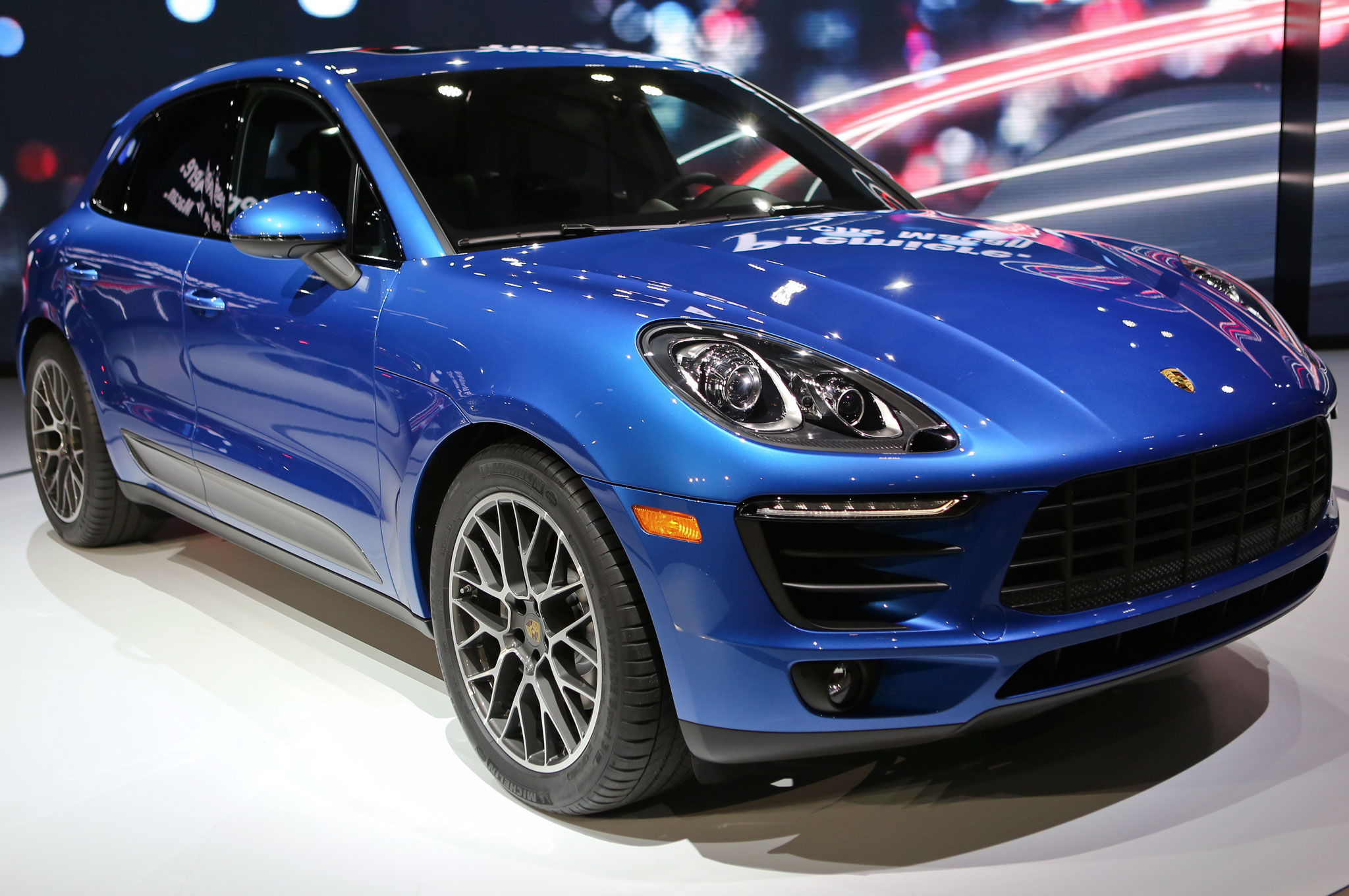 2015 Porsche Macan Turbo Price Msrp Mpg