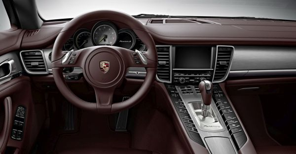 2015 - Porsche Panamera S E-Hybrid Interior