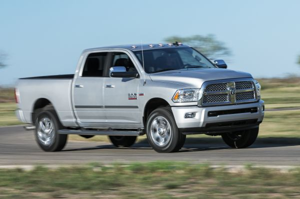 2015 ram 2500 review diesel towing capacity. Black Bedroom Furniture Sets. Home Design Ideas