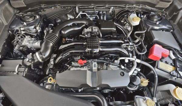2015 - Subaru Forester Engine