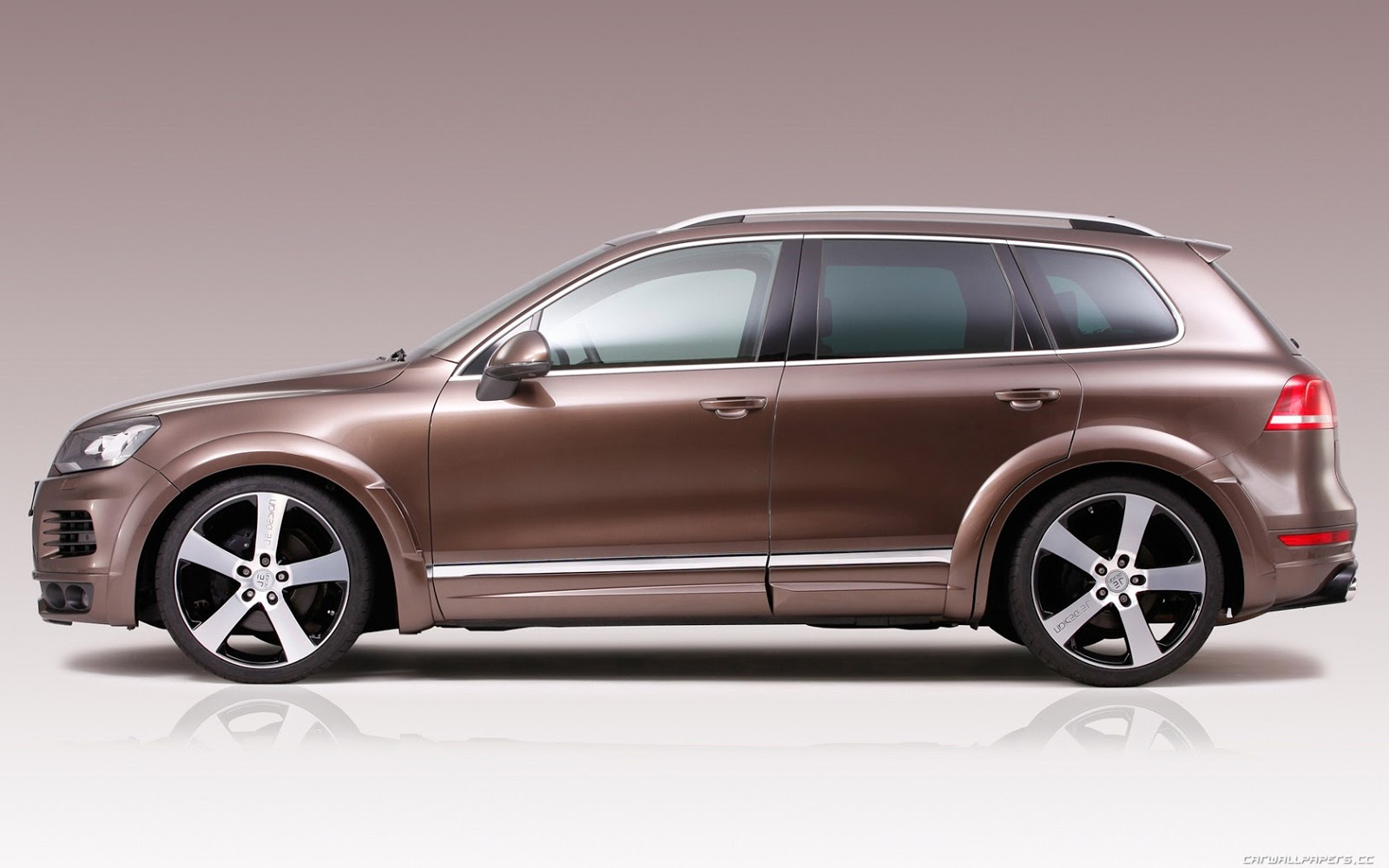 2015 volkswagen touareg v6 sport hybrid lux. Black Bedroom Furniture Sets. Home Design Ideas