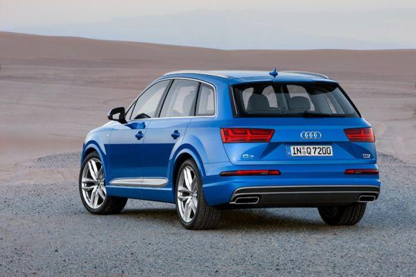 2016 - Audi Q7 Hybrid Rear View