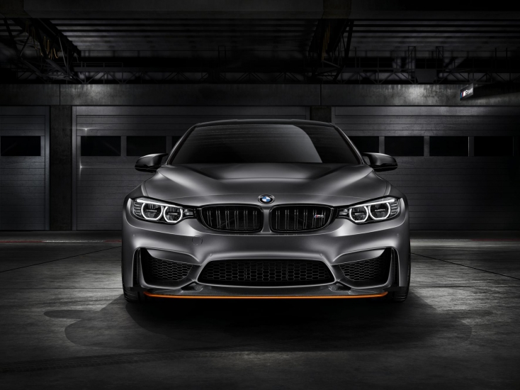 2016 BMW M4 GTS front view