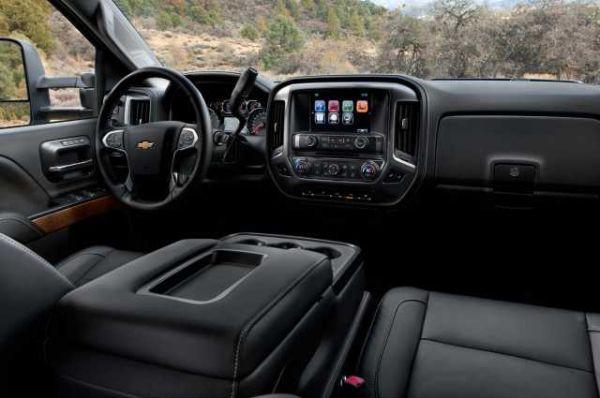 2016 - Chevrolet Silverado Interior