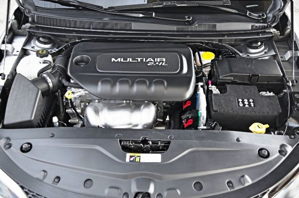2016 Chrysler 200 Engine