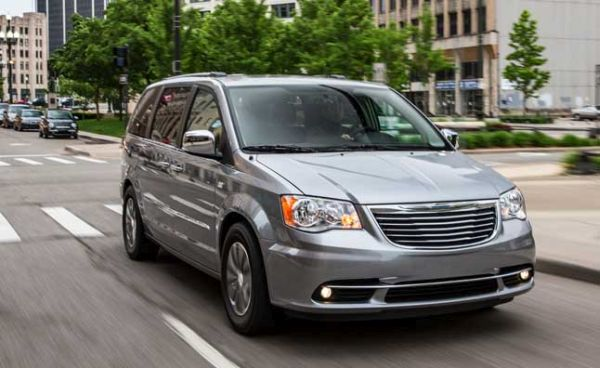 2016 chrysler town country review minivan. Black Bedroom Furniture Sets. Home Design Ideas