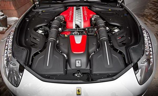 2016 Ferrari FF Coupe Engine