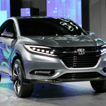 2016 Honda Pilot featured