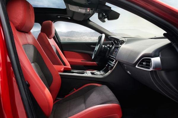 2016 Jaguar XE S Interior