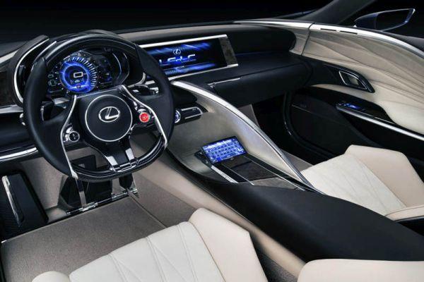 2016 - Lexus IS Interior