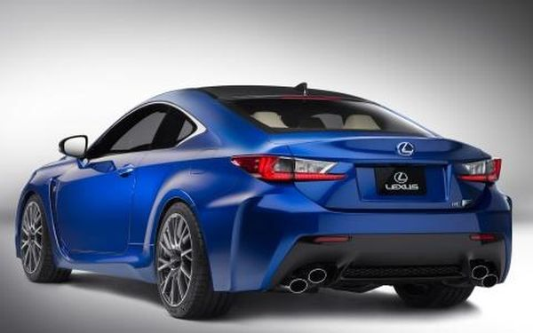 2016 - Lexus IS Rear View