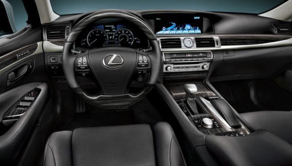 2016 - Lexus LS 460 Interior