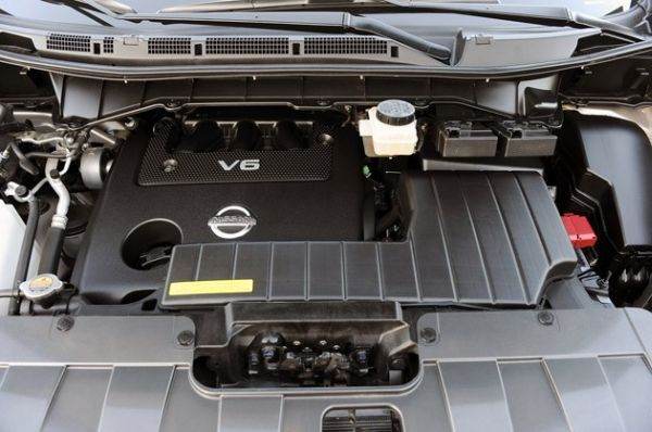 2016 - Nissan Quest Engine