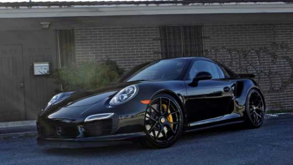 2016 porsche 911 turbo price 0 60 specs review. Black Bedroom Furniture Sets. Home Design Ideas