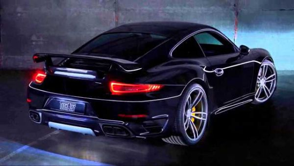 2016 Porsche 911 Turbo - Right Side and Rear View