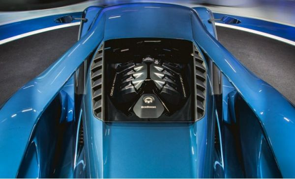 2017 Ford GT Coupe Engine