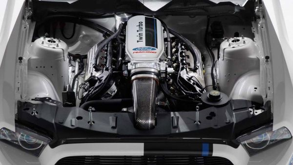 2017 Ford Shelby GT500 Engine