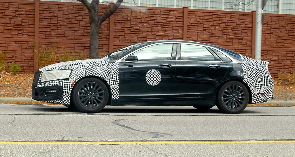 2017 Lincoln MKz spy shots