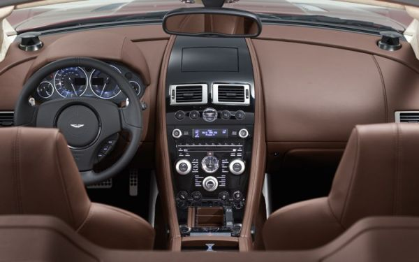 Aston Martin DB10 2015 - Interior