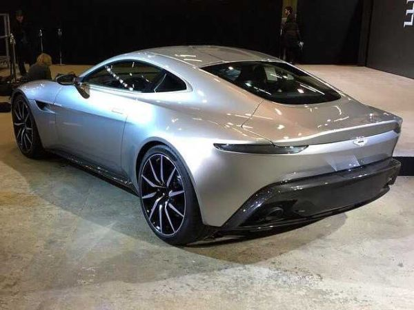 Aston Martin DB10 2015 - Rear View