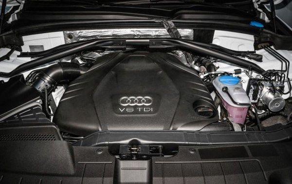 Audi S8 2016 - Engine