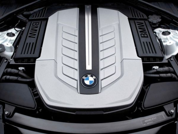 BMW 3 Series Gran Turismo 2016 - Engine