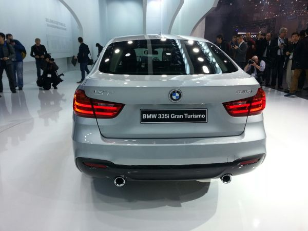 BMW 3 Series Gran Turismo 2016 - Rear View