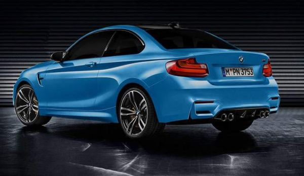 2016 BMW M2 - Rear View