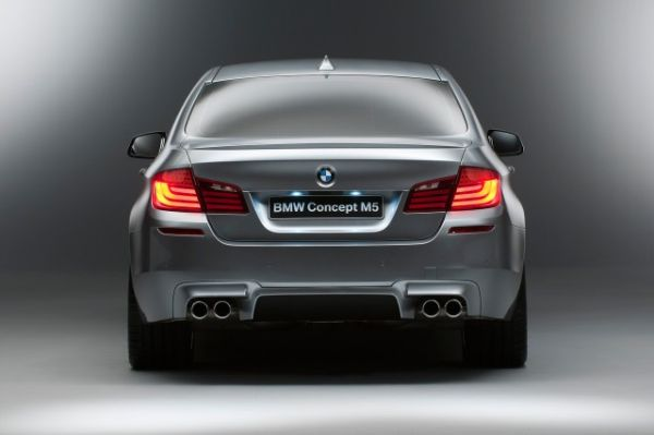 2017 BMW M5 - Rear View