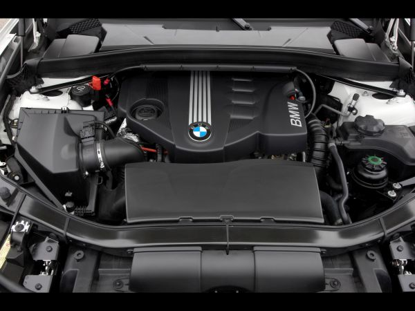 BMW X1 2017 - Engine