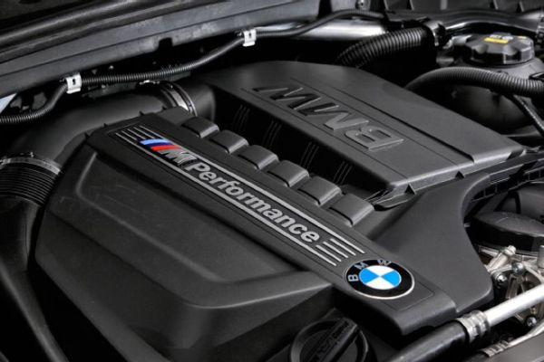 2016 BMW X4 M40i - Engine