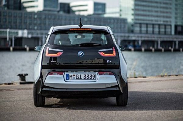 2017 BMW i3 - Rear View