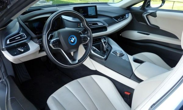 2017 bmw i8 concept images specs for Bmw i8 interior