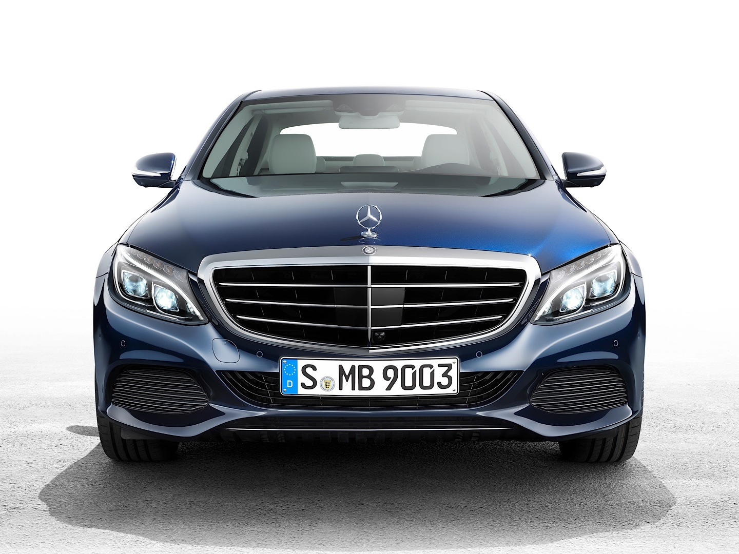 2015 mercedes benz c class sedan review msrp mpg. Black Bedroom Furniture Sets. Home Design Ideas