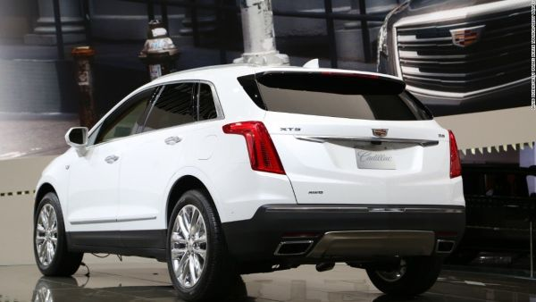 2017 Cadillac XT5 - Rear View