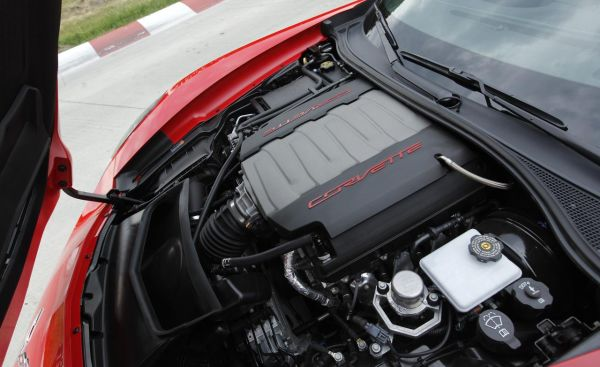 2016 Chevrolet Corvette Stingray - Engine